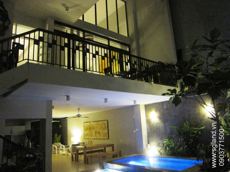 villa-for-rent-in-hcm-Balcony above pool13