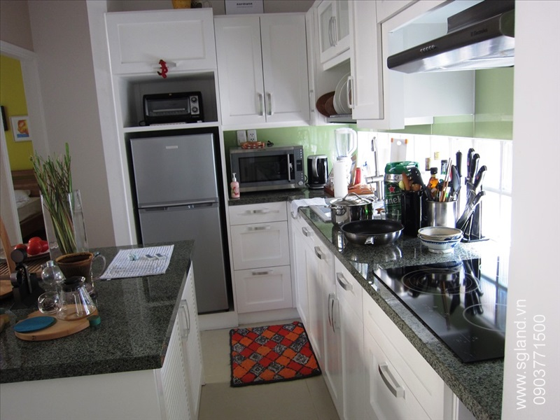 villa-for-rent-in-hcm-Condo's kitchen 224