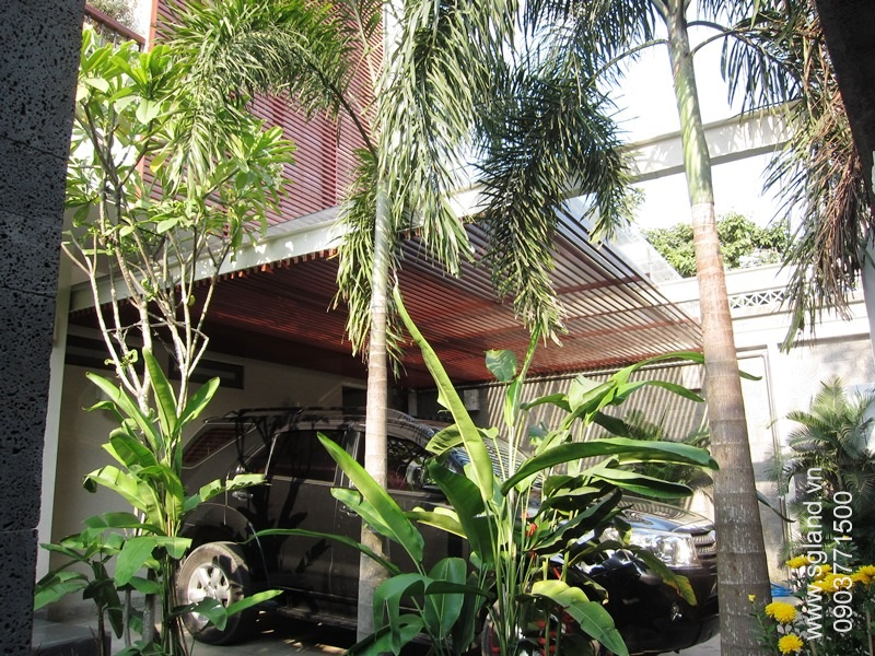 villa-for-rent-in-hcm-2 Car park11