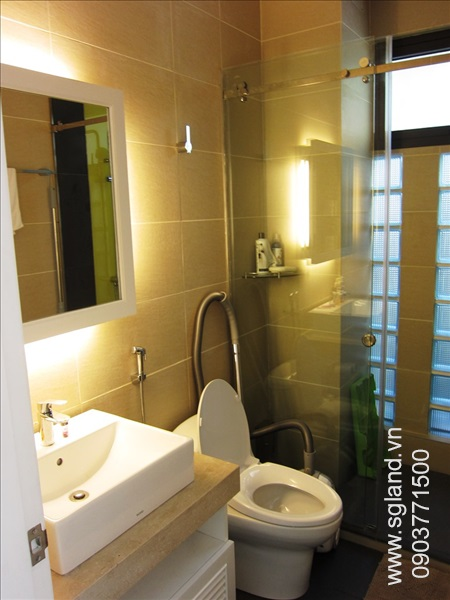 villa-for-rent-in-hcm-Condo's bathroom 218